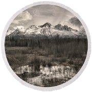 Chugach Mountain Range Round Beach Towel