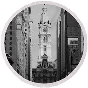 City Hall B/w Round Beach Towel