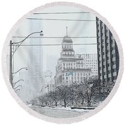 City In Winter Round Beach Towel by Yvonne Wright