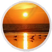 Clam Digging At Sunset - 2 Round Beach Towel
