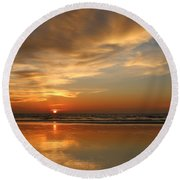Clam Digging At Sunset - 4 Round Beach Towel
