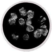 Classic Black Roses Round Beach Towel