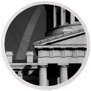 Classical Courthouse Arch Black White Round Beach Towel