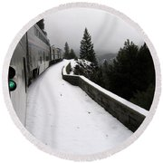 Coast Starlight In The Mountains Round Beach Towel