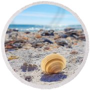 Cockle Shell Summer At Sanibel Round Beach Towel