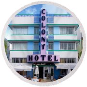 Colony Hotel Daytime Round Beach Towel