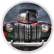 Colorful Rusty Ford Head On Round Beach Towel