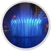 D101l-122 Scioto Mile Fountain Photo Round Beach Towel