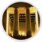 Columns Surrounding A Memorial, Lincoln Round Beach Towel