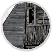 Commons Ford Barn Round Beach Towel