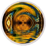 Confusion Of Distortion  Round Beach Towel