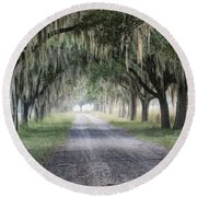 Coosaw Fog Avenue Of Oaks Round Beach Towel