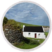 Cottage And Deserted Cottages On Great Round Beach Towel