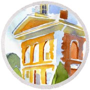 Courthouse In Early Morning Sunshine Round Beach Towel