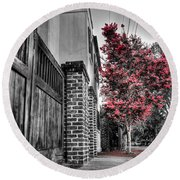 Crape Myrtles In Historic Downtown Charleston 2 Round Beach Towel