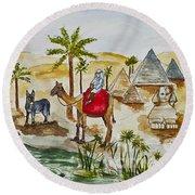 Cruising Along The Nile Round Beach Towel