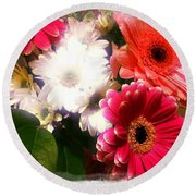 Daisy January Round Beach Towel