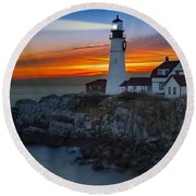 Dawn At Portalnd Head Light Round Beach Towel