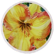 Day Lily Round Beach Towel