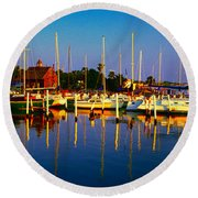 Daytona Beach Florida Inland Waterway Private Boat Yard With Bird   Round Beach Towel
