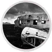 Round Beach Towel featuring the photograph Dc-3 Iceland by Gunnar Orn Arnason