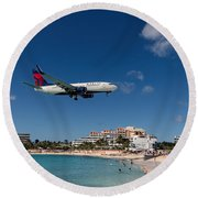 Delta 737 St. Maarten Landing Round Beach Towel by David Gleeson