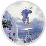 Diamond Peak, Lake Tahoe, Nevada, Usa Round Beach Towel