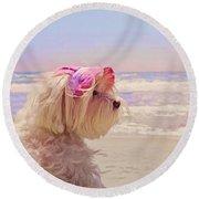 Dog Days Of Summer Round Beach Towel