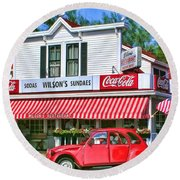Door County Wilson's Restaurant And Ice Cream Parlor Round Beach Towel by Christopher Arndt