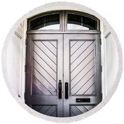 Doorway At Morris Avenue Round Beach Towel by Shelby  Young