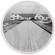 Dr. Robert Boggs House In Southampton Round Beach Towel
