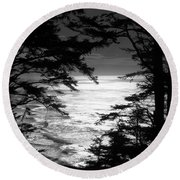 Dusk On The Ocean Round Beach Towel