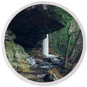 Eaglefalls Trail In Winter Round Beach Towel