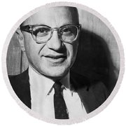 Economist Milton Friedman Round Beach Towel
