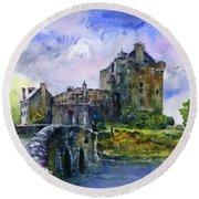 Eilean Donan Castle Scotland Round Beach Towel