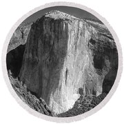 106663-el Capitan From Higher Cathedral Spire, Bw Round Beach Towel
