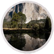 El Capitan In Yosemite 2 Round Beach Towel