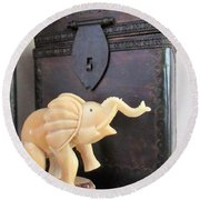 Elephant With Elephant Box Round Beach Towel