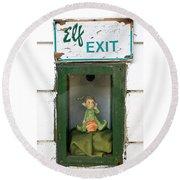 elf exit, Dubuque, Iowa Round Beach Towel