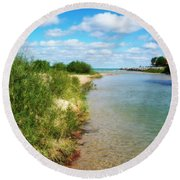 Elk River With Fluffy Clouds Round Beach Towel