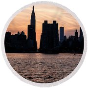 Empire On 5th Avenue Round Beach Towel