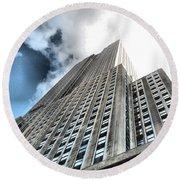Empire State Building - Vertigo In Reverse Round Beach Towel