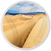 Endless Dunes - Panoramic View Of Sand Dunes In Death Valley National Park Round Beach Towel