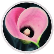 Enduring Heart Round Beach Towel