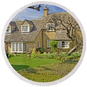 English Cottage Round Beach Towel