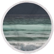 Even Tides Round Beach Towel