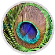 Eye Of The Feather Round Beach Towel