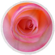 Round Beach Towel featuring the photograph Eye Of The Rose by Deb Halloran