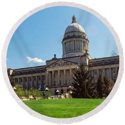 Facade Of State Capitol Building Round Beach Towel