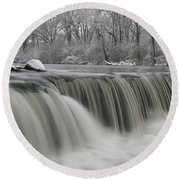 Falls In Winter Round Beach Towel